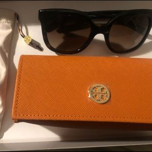 *BRAND NEW* Tory Burch Sunglasses